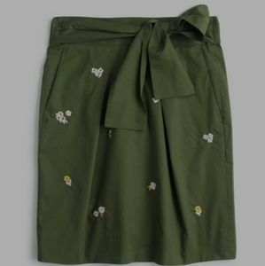 J. CREW Green / Floral Skirt Size 12